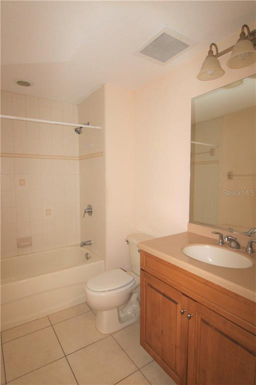 Guest Bathroom - Condo for sale at 501 Haben Blvd #504, Palmetto, FL 34221 - MLS Number is A4421758