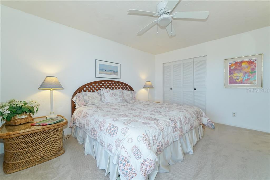 Master Bath has a separate shower/toilet room. - Condo for sale at 4700 Gulf Of Mexico Dr #305, Longboat Key, FL 34228 - MLS Number is A4422164