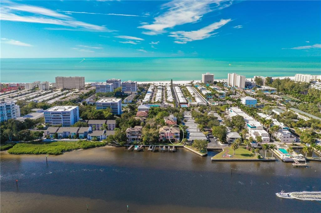 Condo Rider - Condo for sale at 1249 Derby Ln #b, Sarasota, FL 34242 - MLS Number is A4422374