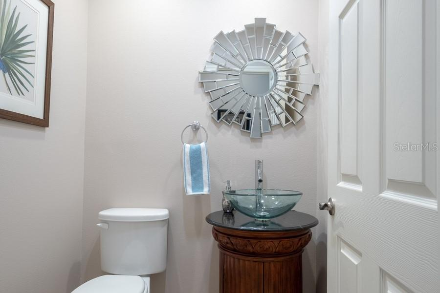 Guest Half Powder Room - Single Family Home for sale at 7791 Alister Mackenzie Dr, Sarasota, FL 34240 - MLS Number is A4422525