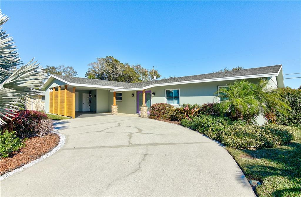 Single Family Home for sale at 6433 Seagate Ave, Sarasota, FL 34231 - MLS Number is A4423115
