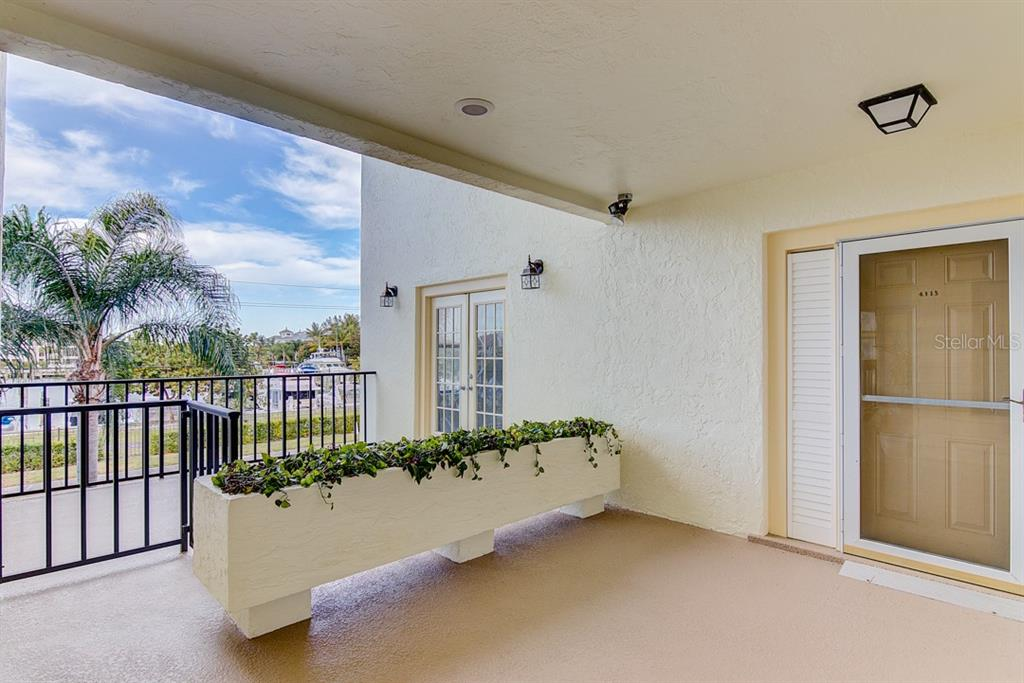 Front Entrance - Condo for sale at 4115 129th St W #4115, Cortez, FL 34215 - MLS Number is A4424939