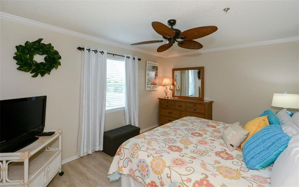 Bedroom for 364 - Duplex/Triplex for sale at 364 E Canal Rd, Sarasota, FL 34242 - MLS Number is A4425762