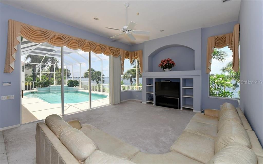 Single Family Home for sale at 1601 Stella Dr, Sarasota, FL 34231 - MLS Number is A4426048