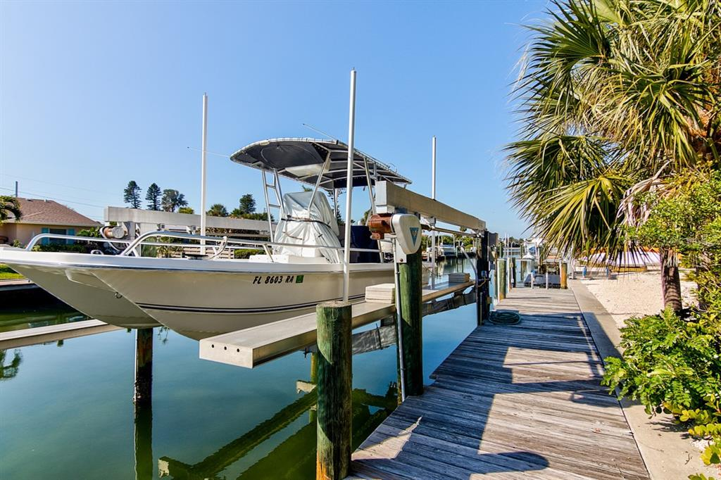 Dock with Boat Lift - Single Family Home for sale at 622 Dundee Ln, Holmes Beach, FL 34217 - MLS Number is A4426329