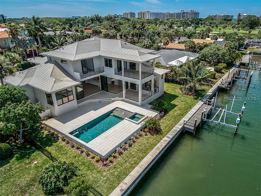 Quality craftsmanship by Brista Homes takes your luxury lifestyle to new heights. - Single Family Home for sale at 537 Yawl Ln, Longboat Key, FL 34228 - MLS Number is A4428503