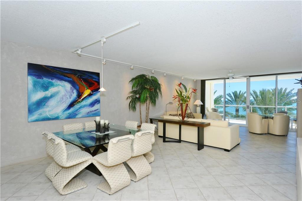 Turn Key, Ready to Enjoy! - Condo for sale at 1800 Benjamin Franklin Dr #b309, Sarasota, FL 34236 - MLS Number is A4430464