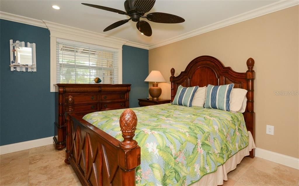 Bedroom 2 for 5288 - Duplex/Triplex for sale at 5290 Avenida Navarra, Sarasota, FL 34242 - MLS Number is A4432152