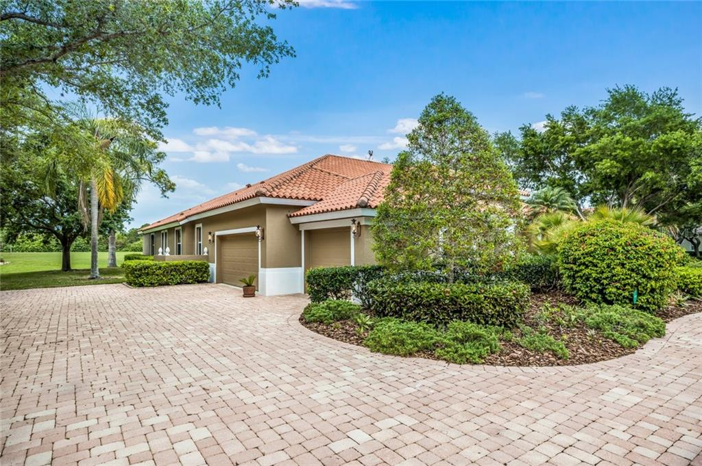 Single Family Home for sale at 457 E Macewen Dr, Osprey, FL 34229 - MLS Number is A4432545