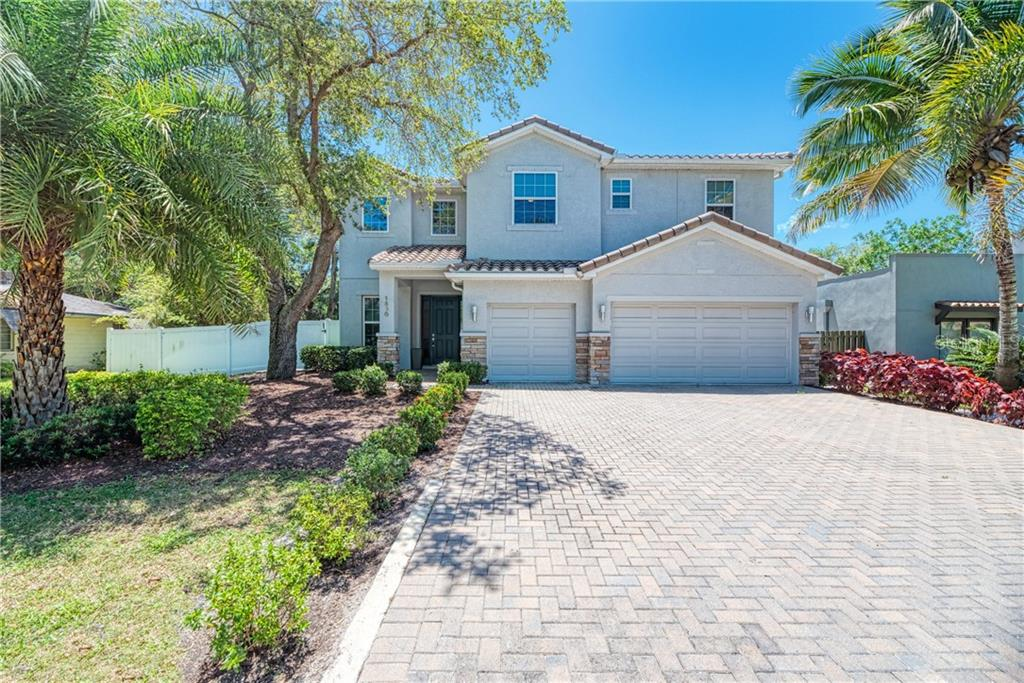 Single Family Home for sale at 1836 Orchid St, Sarasota, FL 34239 - MLS Number is A4434049