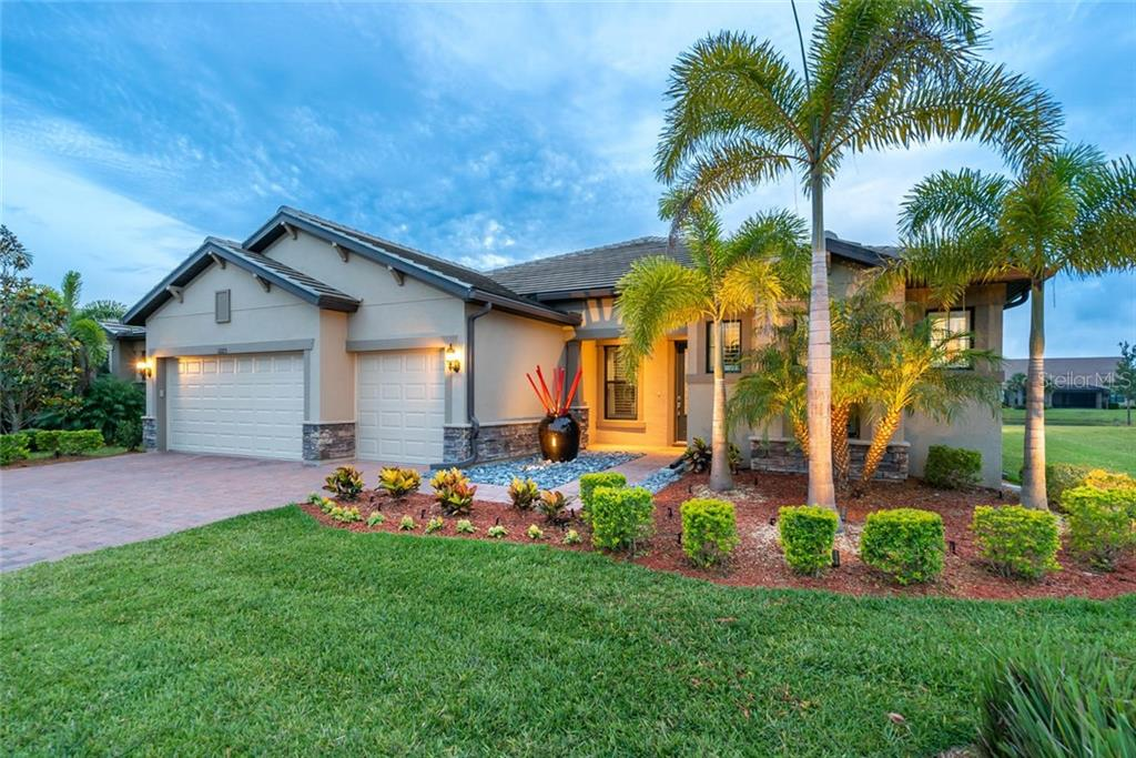 Single Family Home for sale at 11223 Purple Finch Ln, Sarasota, FL 34238 - MLS Number is A4435546