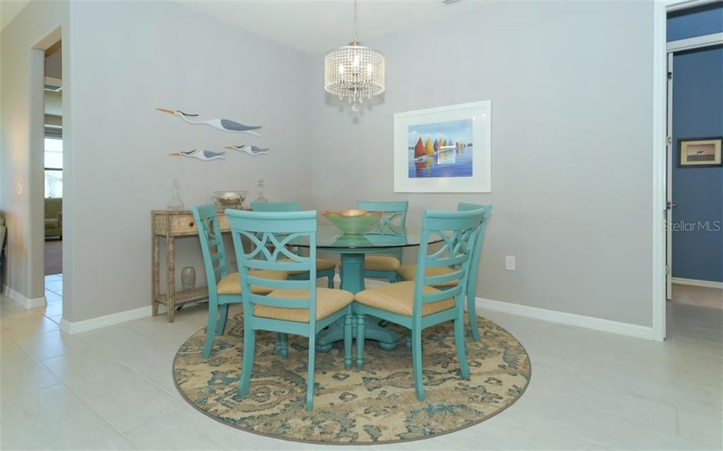 Dining area - Single Family Home for sale at 13337 Pacchio St, Venice, FL 34293 - MLS Number is A4437569
