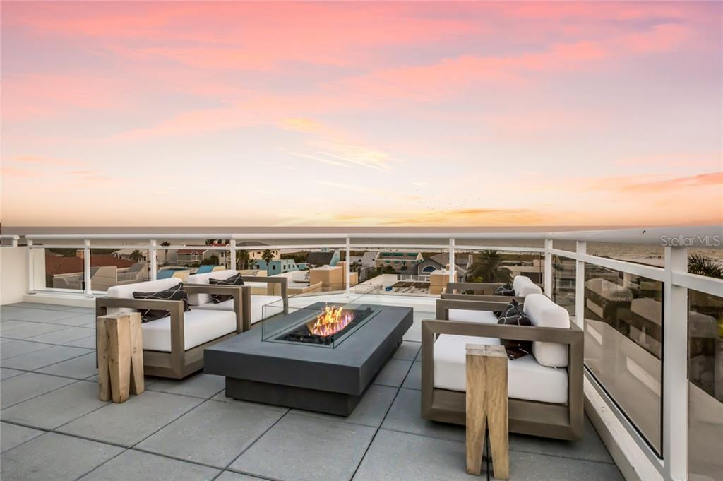 Roof Top Firepit. - Condo for sale at 301 Beach Rd #301-1, Sarasota, FL 34242 - MLS Number is A4438015