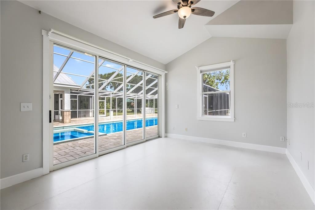 Single Family Home for sale at 1810 21st St W, Palmetto, FL 34221 - MLS Number is A4438160