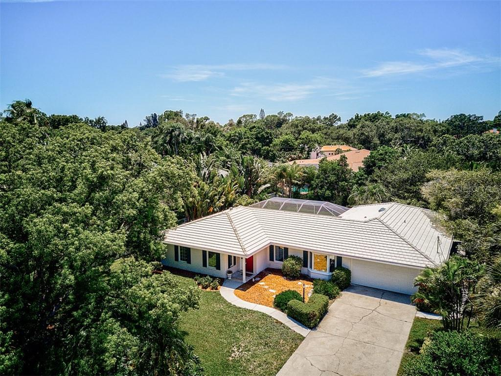 Property Disclosure - Single Family Home for sale at 1828 N Lake Shore Dr, Sarasota, FL 34231 - MLS Number is A4442428