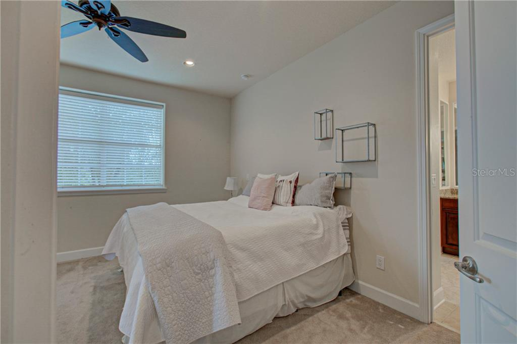 Master-bedroom - Condo for sale at 8009 Tybee Ct #8009, University Park, FL 34201 - MLS Number is A4443678