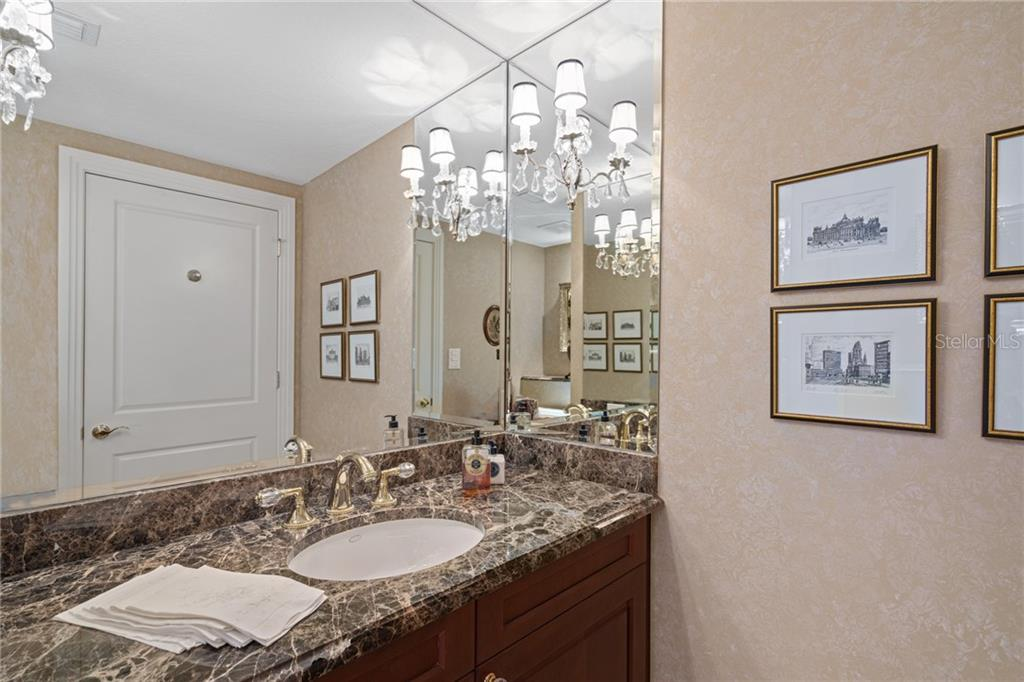 Powder Room. - Condo for sale at 401 S Palm Ave #402, Sarasota, FL 34236 - MLS Number is A4446224