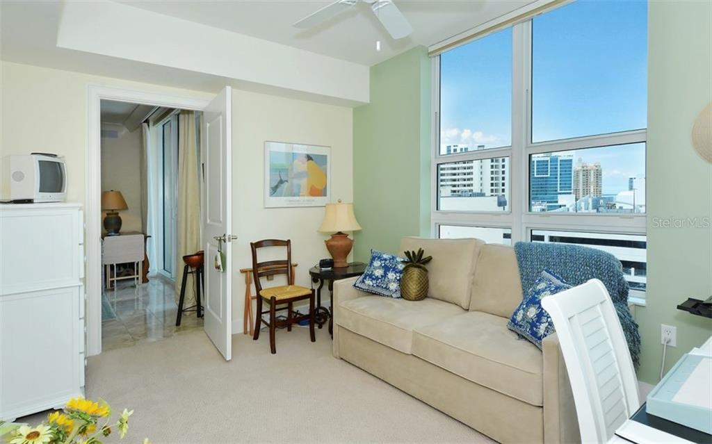 Condo for sale at 1350 Main St #700, Sarasota, FL 34236 - MLS Number is A4448211