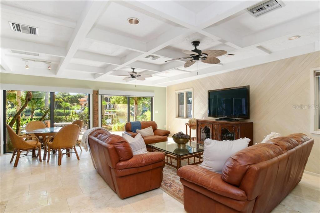 Single Family Home for sale at 1620 Hudson Pointe Dr, Sarasota, FL 34236 - MLS Number is A4448579