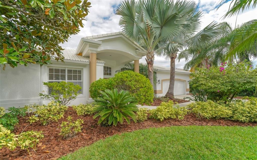 Single Family Home for sale at 5441 Downham Mdws, Sarasota, FL 34235 - MLS Number is A4449159