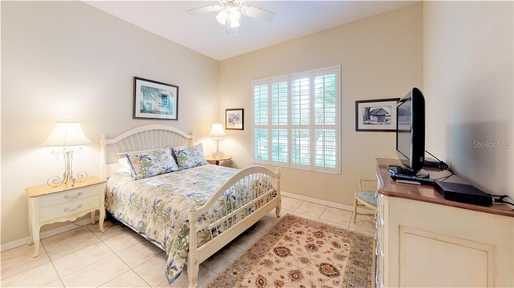Bedroom 2 perfect for guests - Single Family Home for sale at 7288 Lismore Ct, Lakewood Ranch, FL 34202 - MLS Number is A4449934