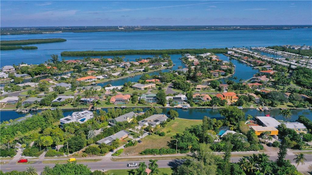 East view - Vacant Land for sale at 5910 Gulf Of Mexico Dr, Longboat Key, FL 34228 - MLS Number is A4450538
