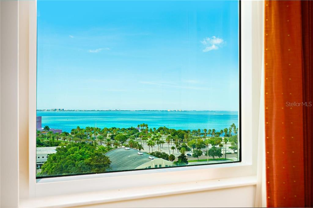 Condo for sale at 800 N Tamiami Trl #1115, Sarasota, FL 34236 - MLS Number is A4450621