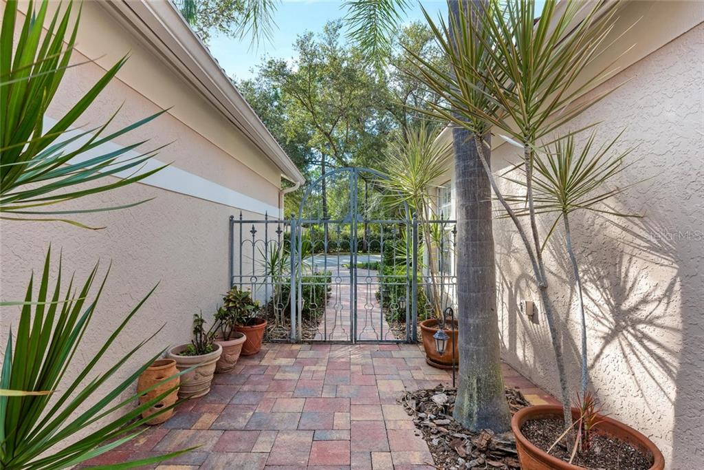 New Attachment - Villa for sale at 4040 Lyndhurst Ct, Sarasota, FL 34235 - MLS Number is A4453322