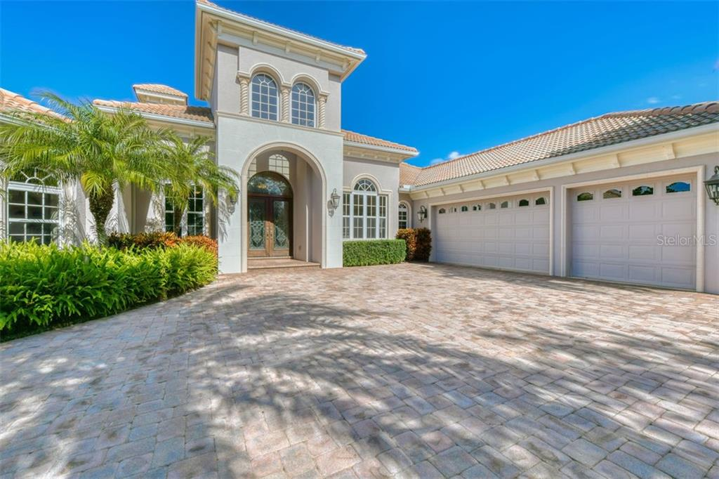 Plenty of room for visitors' cars - Single Family Home for sale at 3719 Founders Club Dr, Sarasota, FL 34240 - MLS Number is A4455099