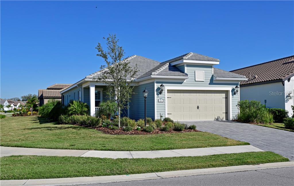 Single Family Home for sale at 13017 Deep Blue Pl, Bradenton, FL 34211 - MLS Number is A4457551