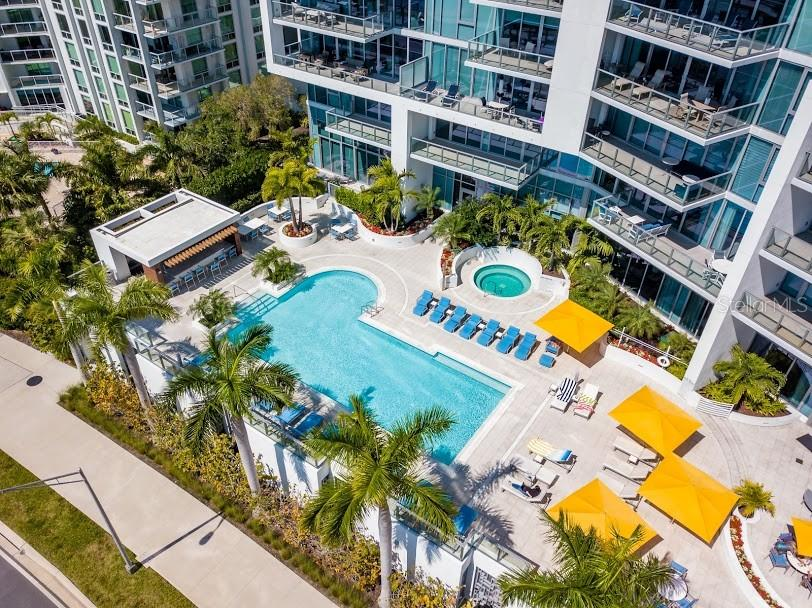 Heated pool and spa - Condo for sale at 1155 N Gulfstream Ave #1909, Sarasota, FL 34236 - MLS Number is A4461040