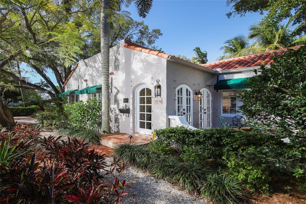 Quaint grounds with lush landscaping - Single Family Home for sale at 3838 Flores Ave, Sarasota, FL 34239 - MLS Number is A4461669