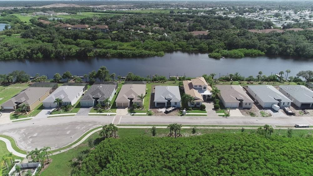 Homes with Docks - Single Family Home for sale at 5485 56th Ct E, Bradenton, FL 34203 - MLS Number is A4463869