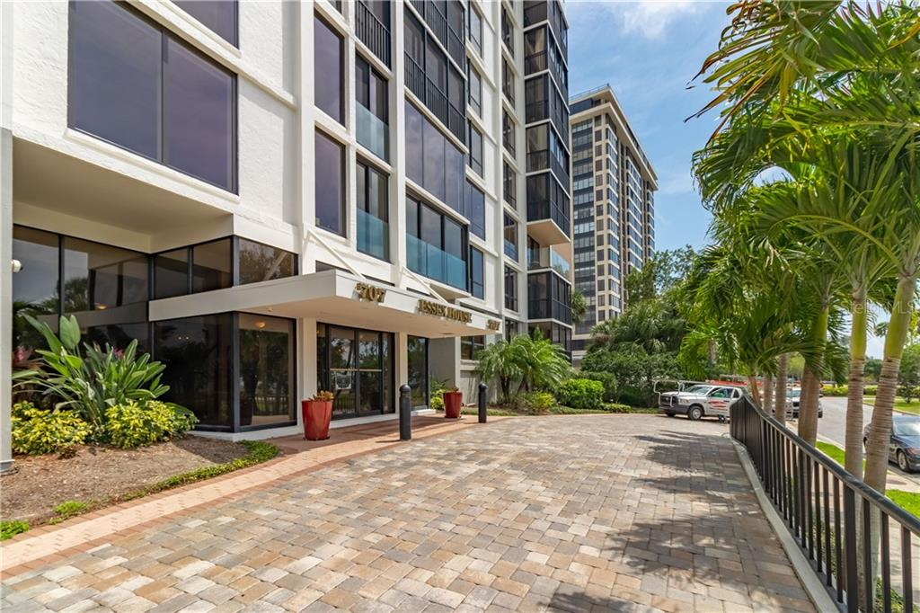 Lead Based Paint - Condo for sale at 707 S Gulfstream Ave #203, Sarasota, FL 34236 - MLS Number is A4464387