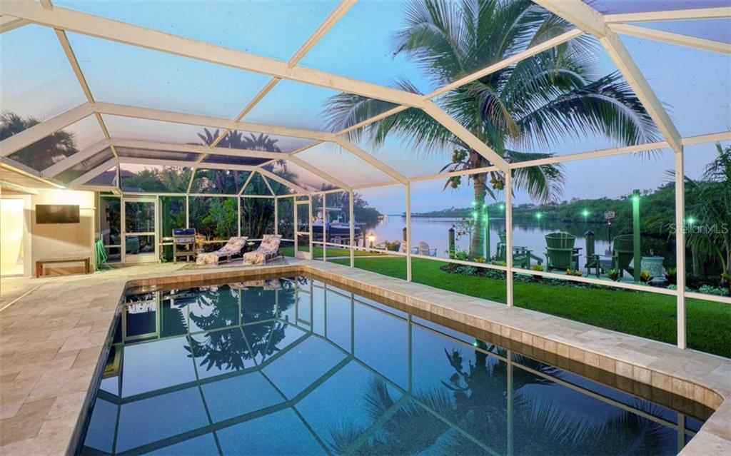 JUST MINUTES FROM THE MOST BEAUTIFUL BEACH - Single Family Home for sale at 3 Winslow Pl, Longboat Key, FL 34228 - MLS Number is A4464990