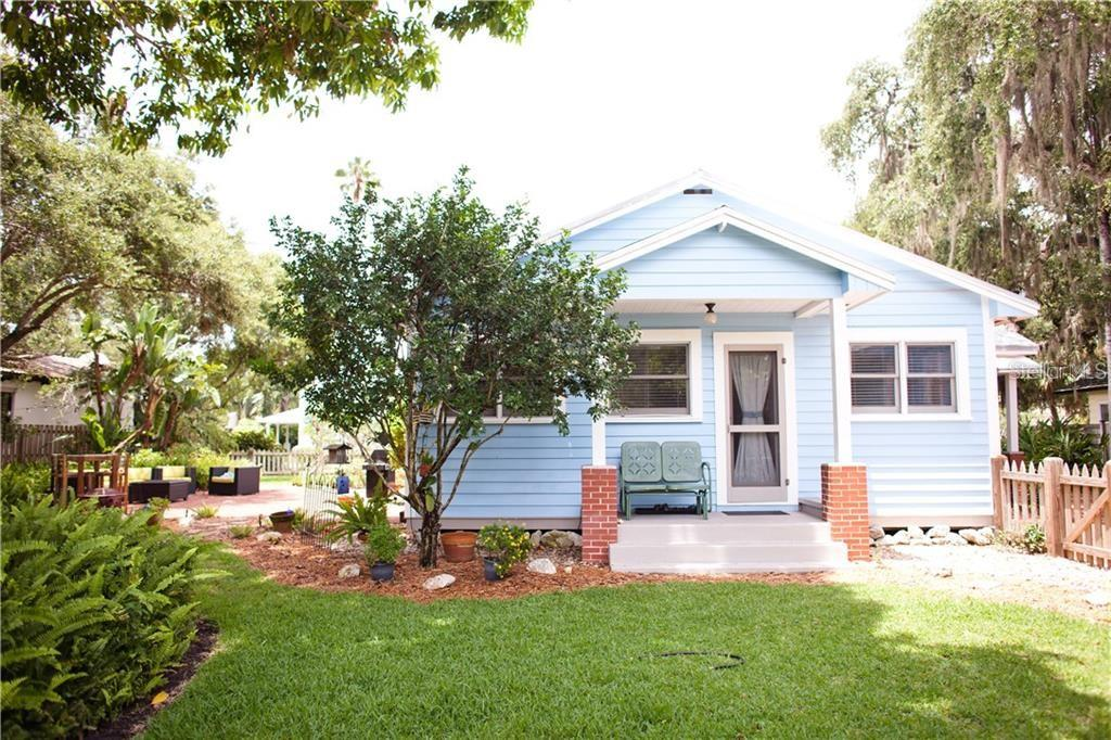 Single Family Home for sale at 1828 Grove St, Sarasota, FL 34239 - MLS Number is A4468353