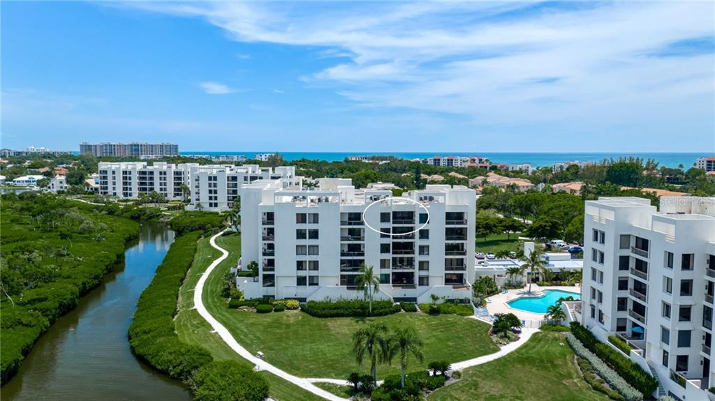 Top Floor Penthouse - Condo for sale at 2016 Harbourside Dr #352, Longboat Key, FL 34228 - MLS Number is A4470767