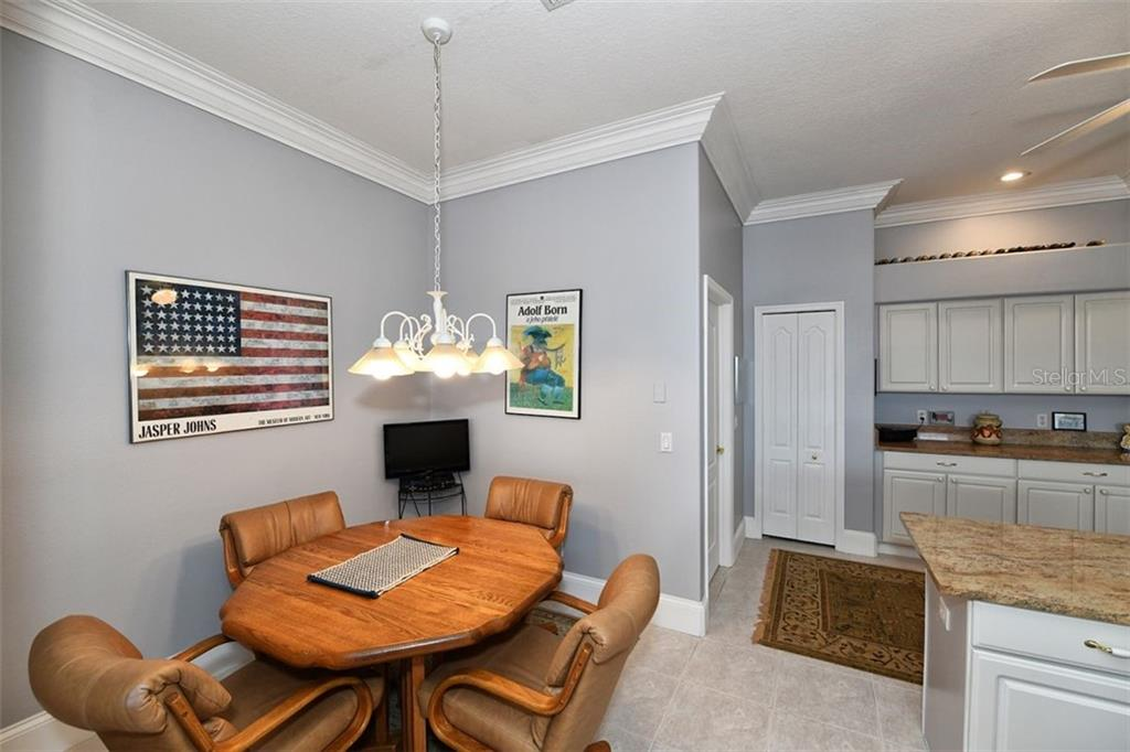 Eat in breakfast nook, access to interior laundry room and garage. - Villa for sale at 4590 Samoset Dr, Sarasota, FL 34241 - MLS Number is A4471881