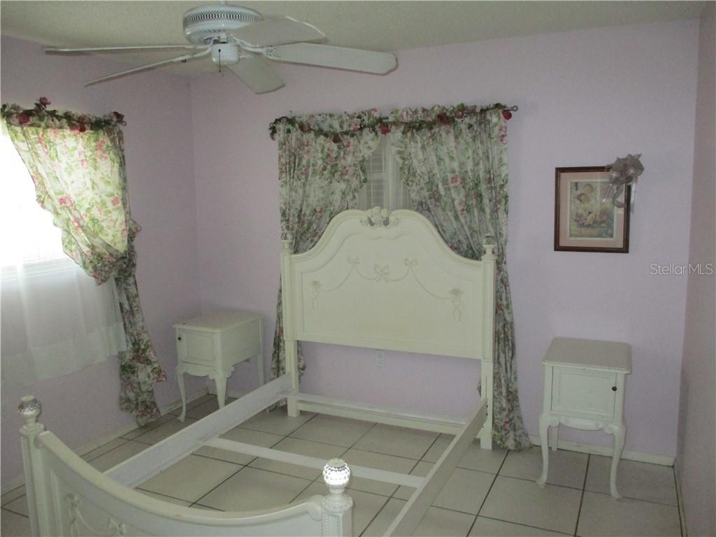 Guest bedroom # 1 - Single Family Home for sale at 4915 Harris Ave, Sarasota, FL 34233 - MLS Number is A4473427
