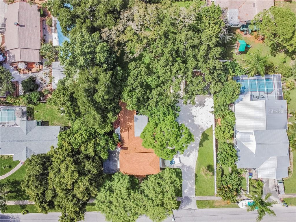 Single Family Home for sale at 1411 4th St W, Palmetto, FL 34221 - MLS Number is A4474652