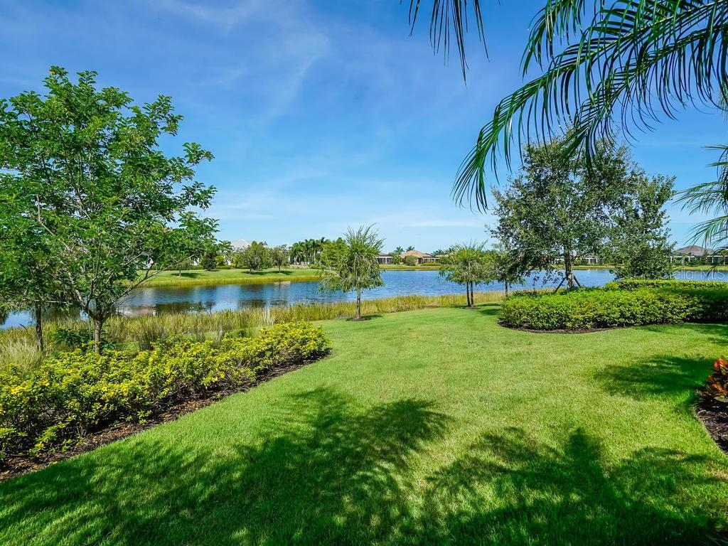 Single Family Home for sale at 16272 Daysailor Trl, Lakewood Ranch, FL 34202 - MLS Number is A4474674