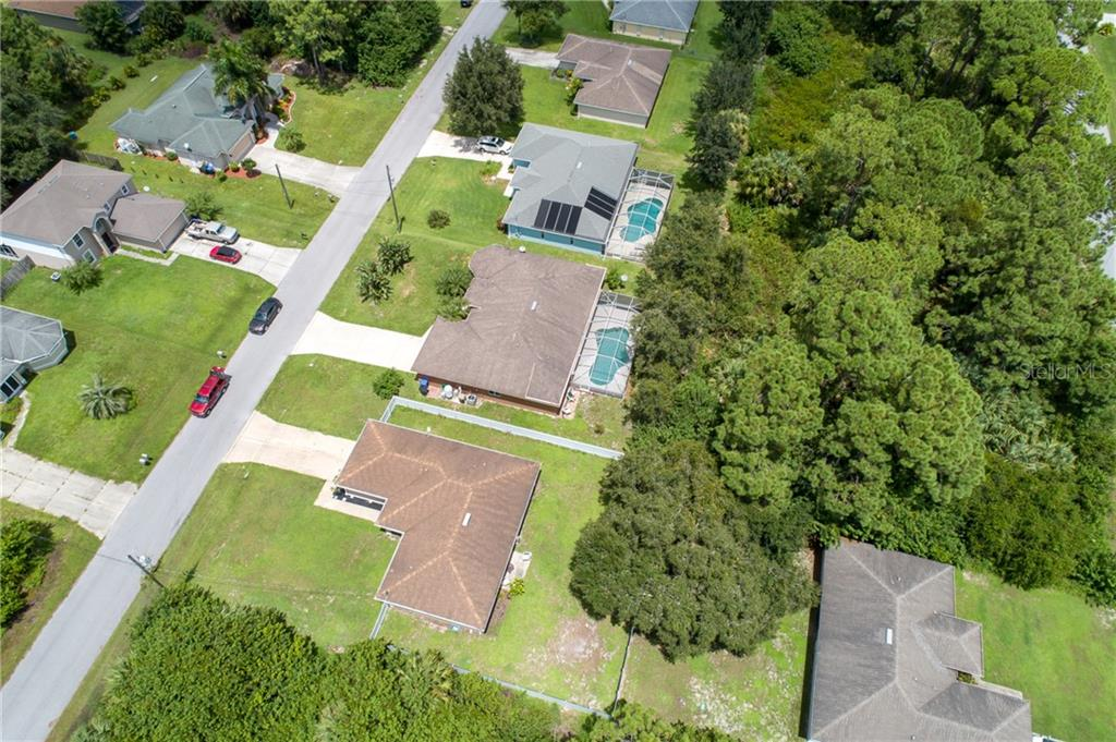 Single Family Home for sale at 1680 Dawnview St, North Port, FL 34288 - MLS Number is A4475316