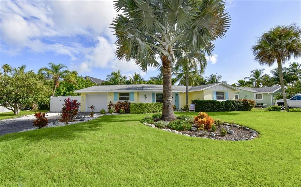 Lead Paint Disclosure - Single Family Home for sale at 410 Bay Palms Dr, Holmes Beach, FL 34217 - MLS Number is A4476011