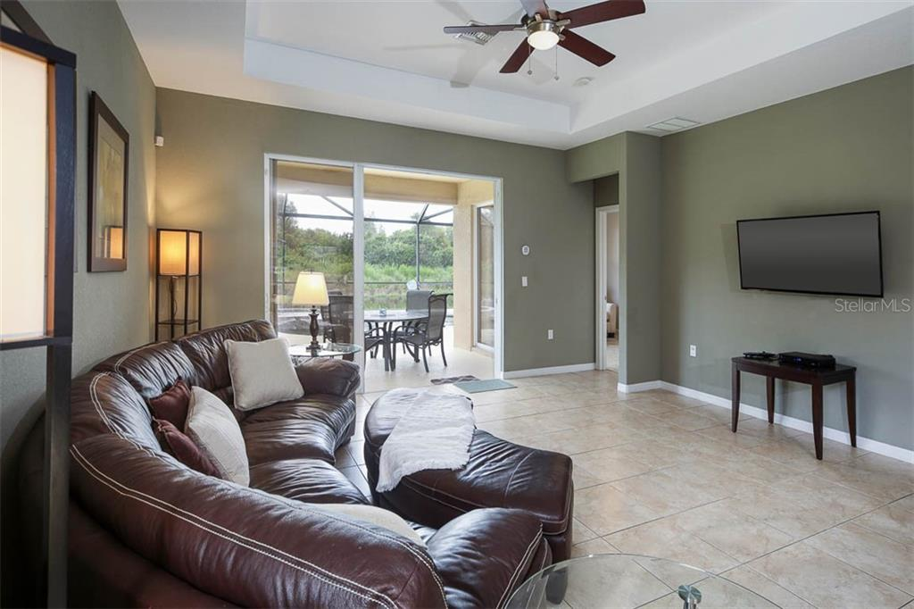 Single Family Home for sale at 110 Winding River Trl, Bradenton, FL 34212 - MLS Number is A4476714