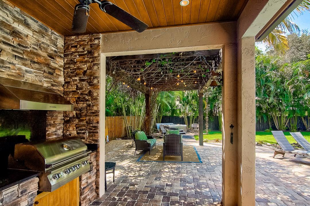Outside grill perfect for bbq - Single Family Home for sale at 1839 Buccaneer Ct, Sarasota, FL 34231 - MLS Number is A4479580
