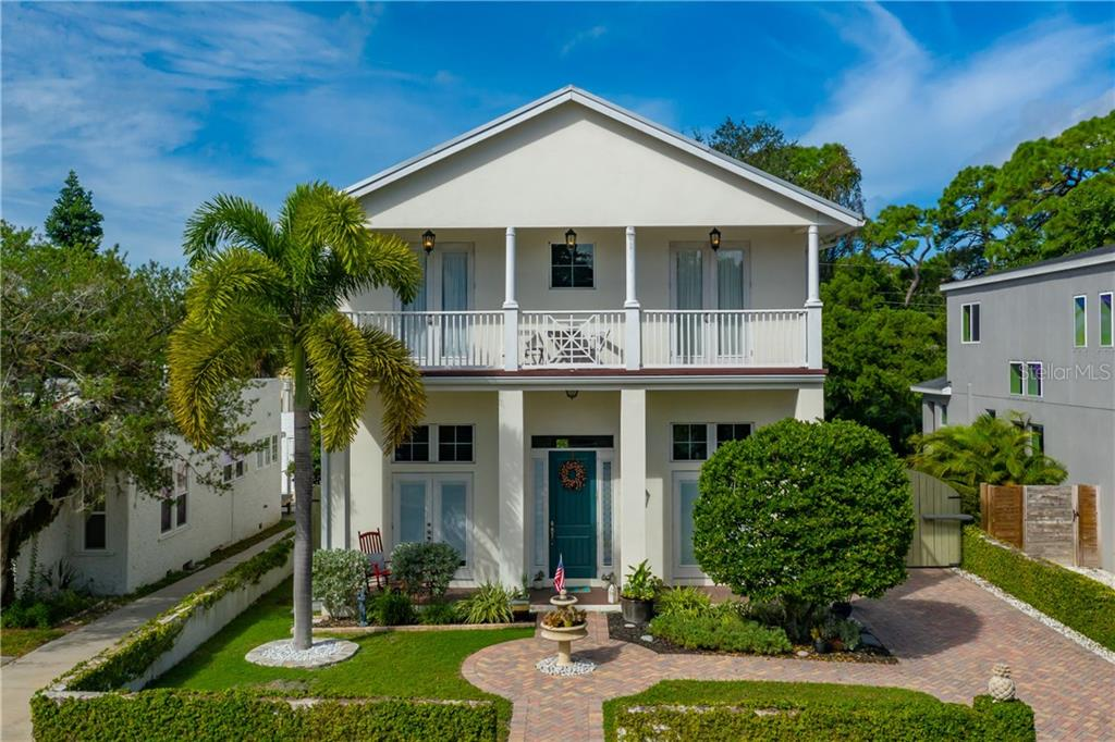 Single Family Home for sale at 3538 Almeria Ave, Sarasota, FL 34239 - MLS Number is A4479735