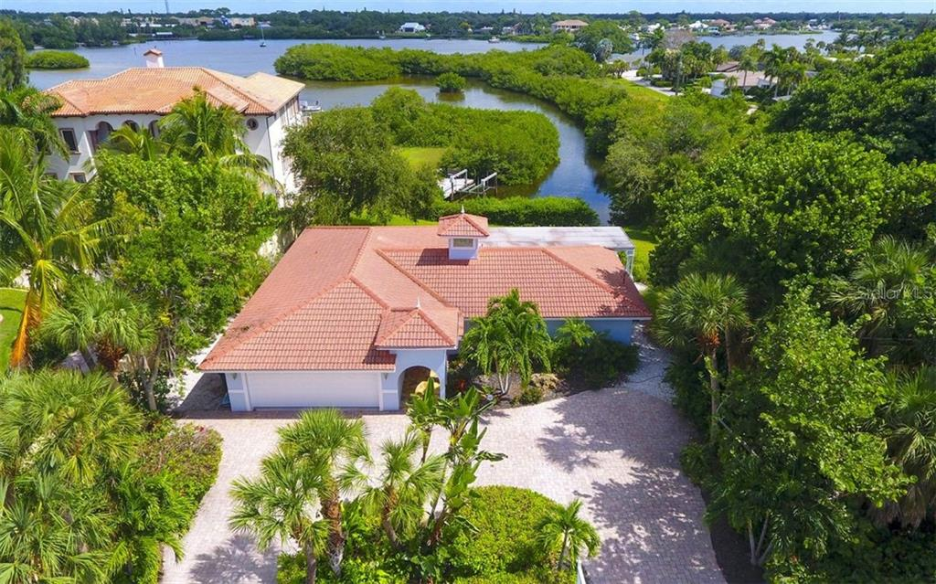 Single Family Home for sale at 3858 Casey Key Rd, Nokomis, FL 34275 - MLS Number is A4483860