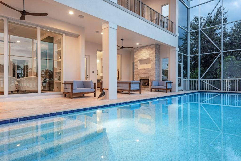 Lighted Pebble Tech Pool - Single Family Home for sale at 121 Seagull Ln, Sarasota, FL 34236 - MLS Number is A4483951