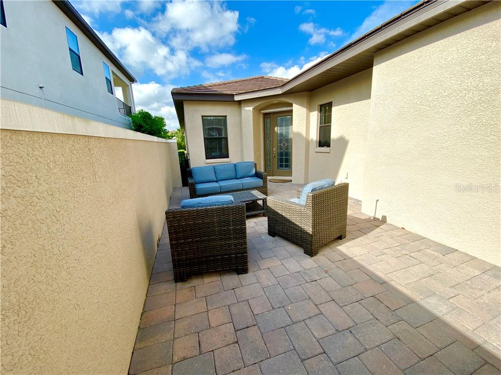 Single Family Home for sale at 4403 5th Ave Ne, Bradenton, FL 34208 - MLS Number is A4486968