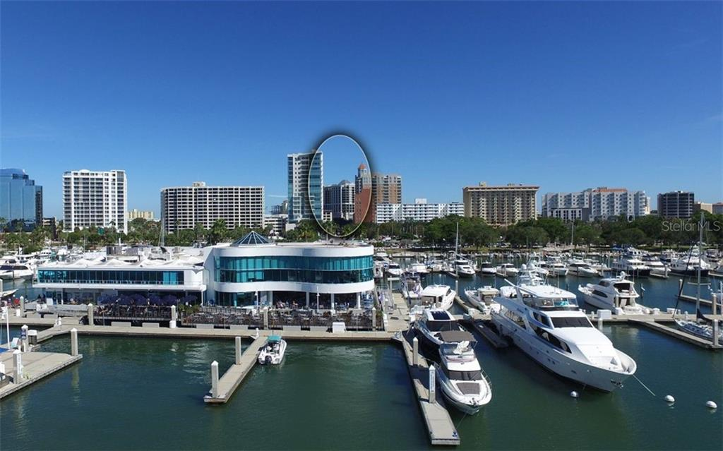 Just a short stroll to the waterfront and Marina Jack's - Condo for sale at 50 Central Ave #14b, Sarasota, FL 34236 - MLS Number is A4487974